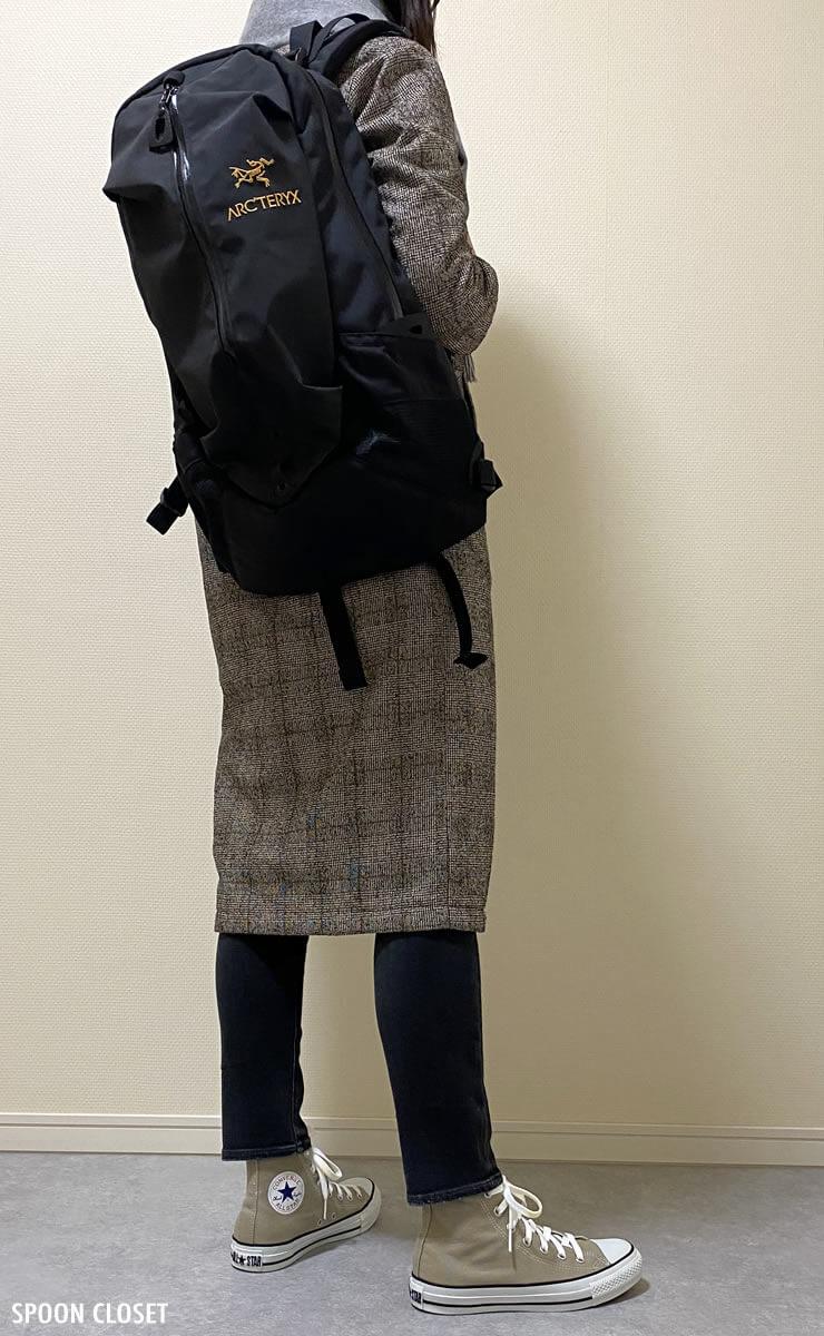 アークテリクスのアロー22 バックパックのコーディネート写真