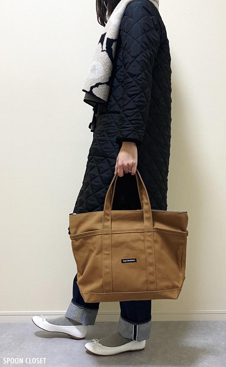 マリメッコのミニマツクリ トートバッグのコーディネート写真