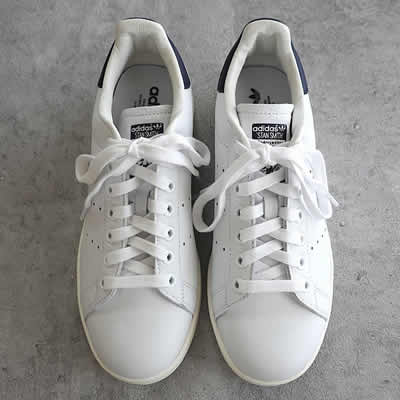 adidas Originalsスタンスミスのアイテム写真